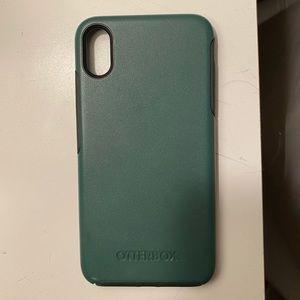 Dark Green OtterBox Case